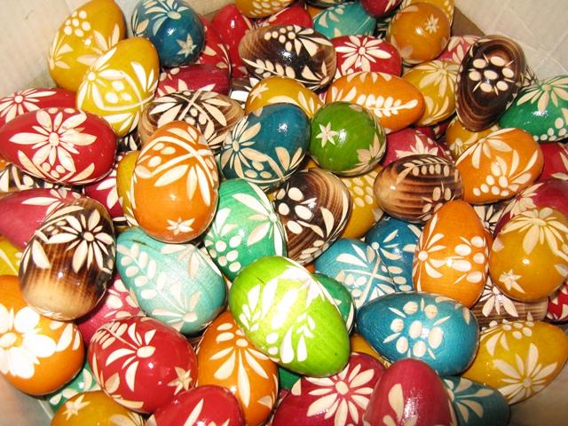 Alternatives to Easter eggs